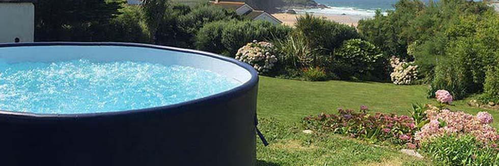 Hot tub available on request